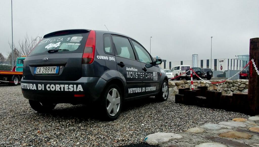 Monster Cars Auto di Cortesia