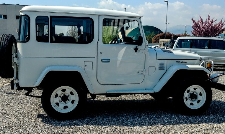 Toyota-Bianco